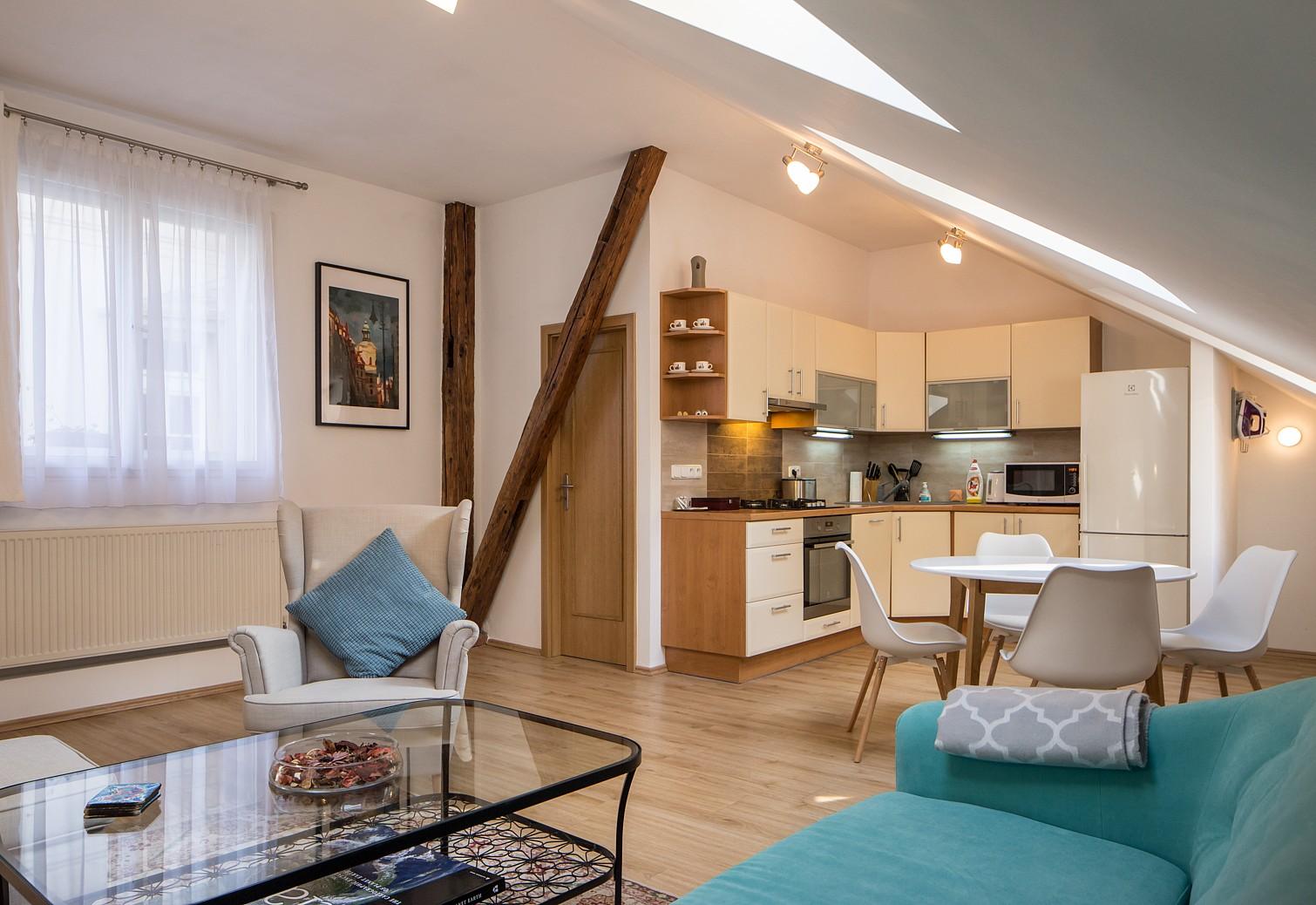 Superb Gorgeous Fully Furnished Apartment In Prague 1. U003e